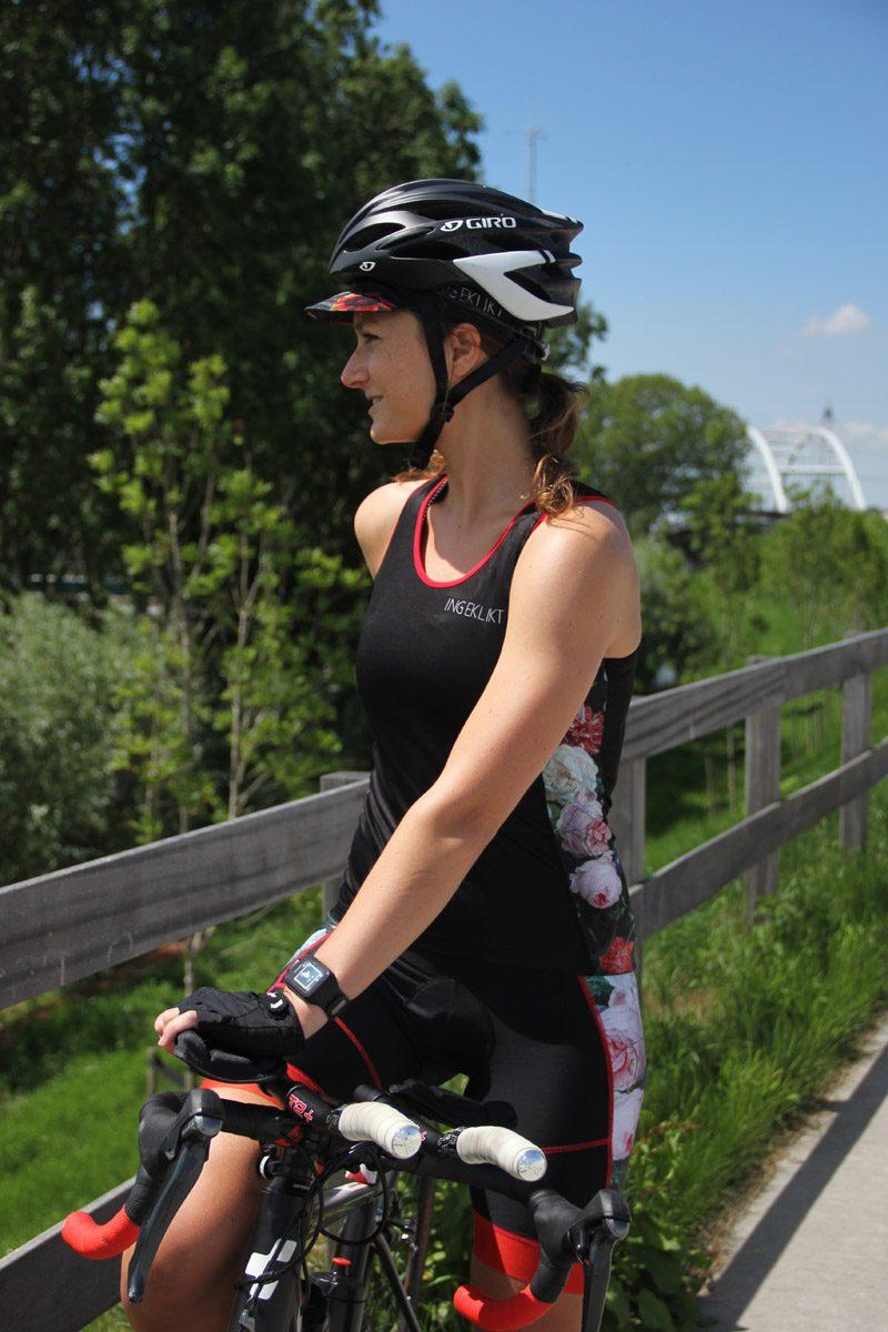 Mouwloos_dames_fietsshirt_top_bloemen