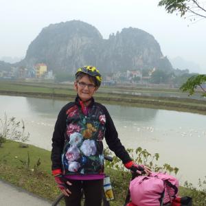 Janine_Vietnam_dames_fietskleding