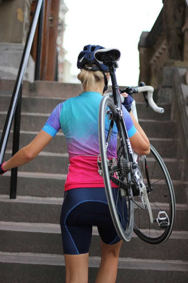 the-blue-bibshorts-dames