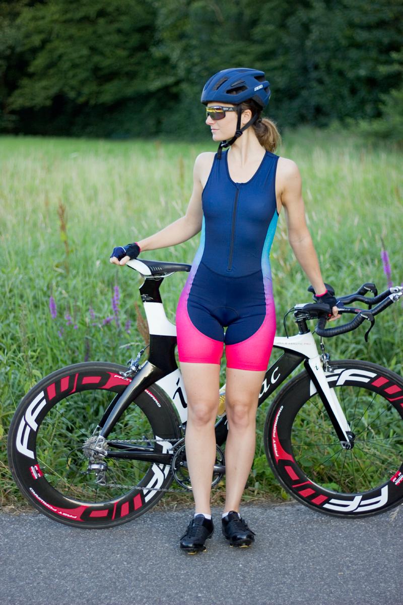 dames-triatlon-suit-ingeklikt