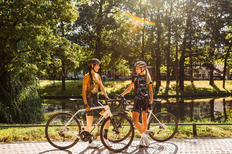 dames-fietskleding-collectie-2021-ingeklikt