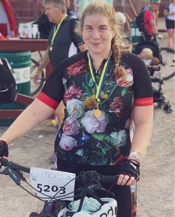 grote-maten-dames-fietskleding