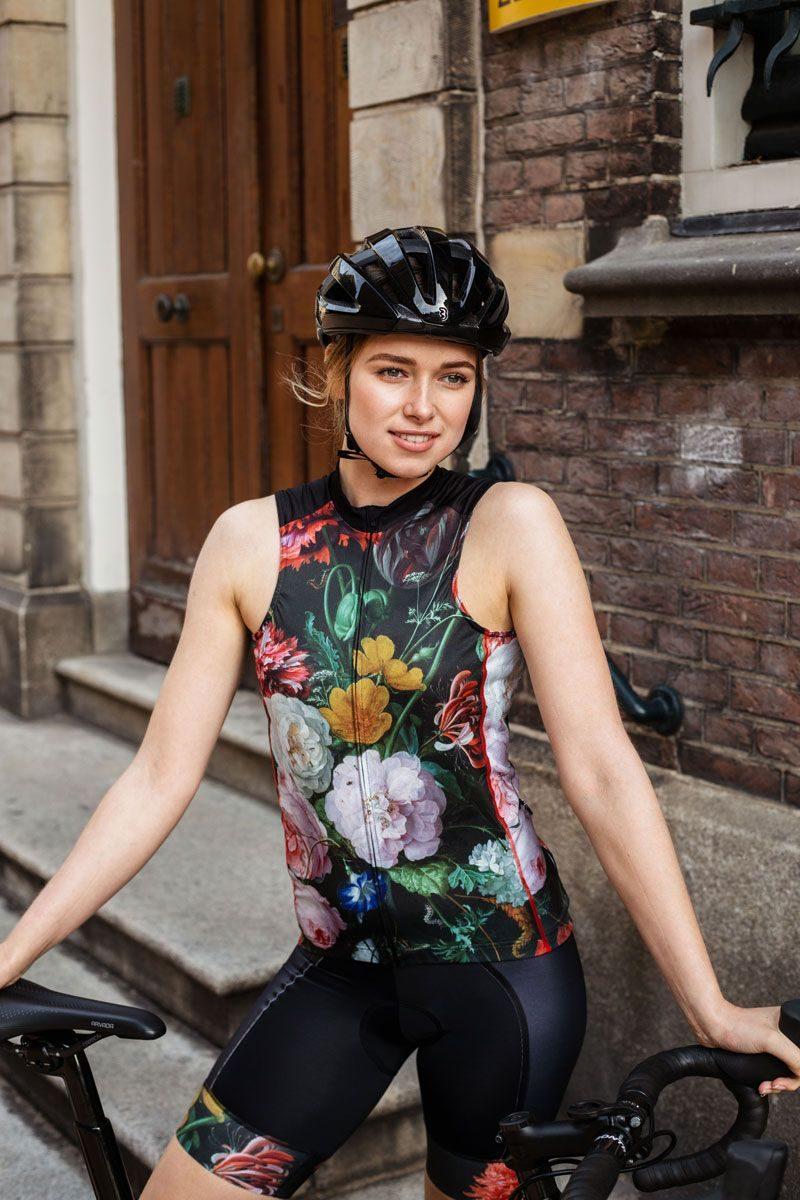 mouwloos-dames-fietsshirt-bloemen-ingeklikt
